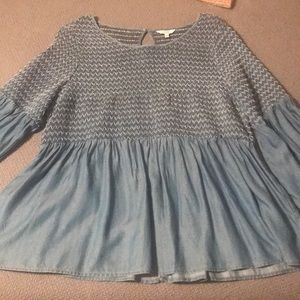 Chambray type top